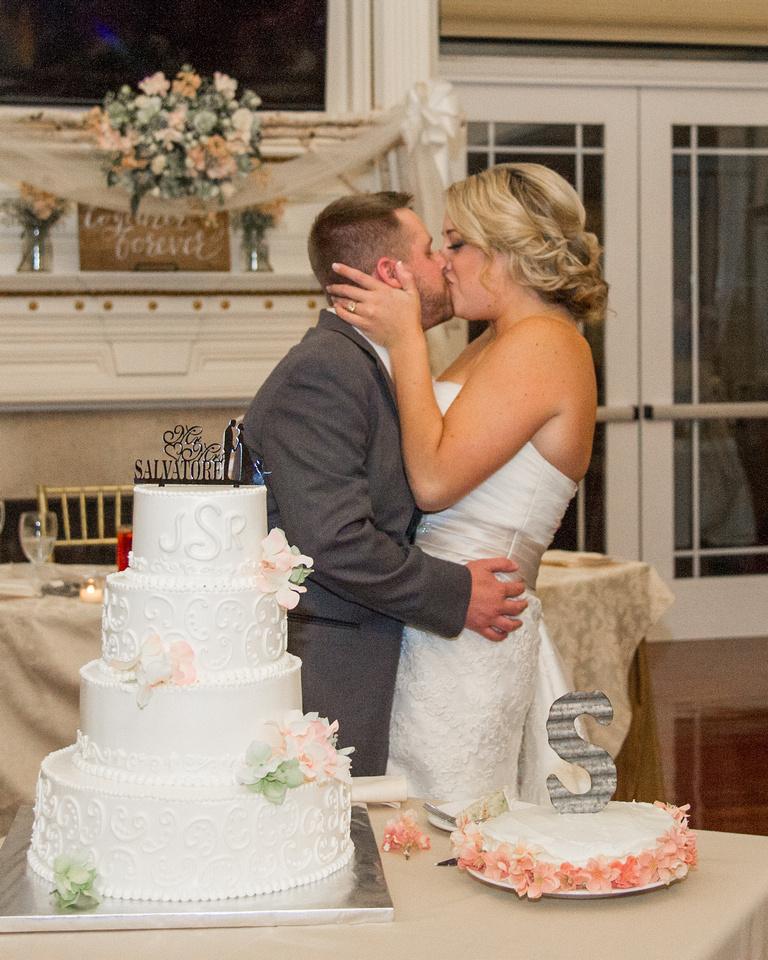 1,clinton-hunterdon-county-NJ-wedding-photographer, cute-sweet--fun-must-have-bride