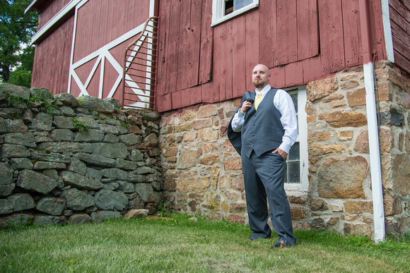 8,clinton-hunterdon-county-NJ-wedding-photographer, cute-sweet--fun-must-have-bride-groom-picture-cherryville-photography-flanders-valley-cc-rustic-barn